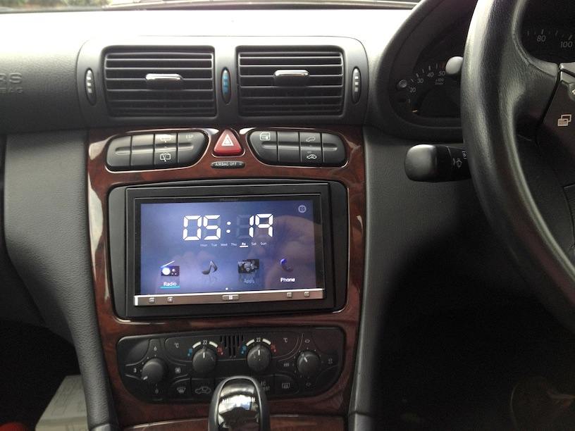 W203 (pre-facelift) - Audio 10 - Adding Phone Feature and